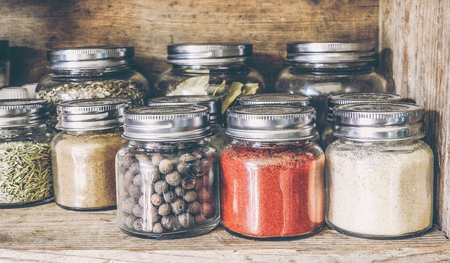 spices-2454799_640