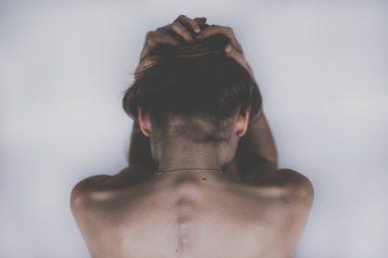 Migrena – przyczyny, objawy, leczenie
