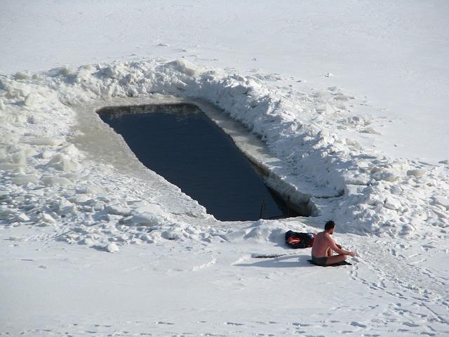 winter-3403737_640
