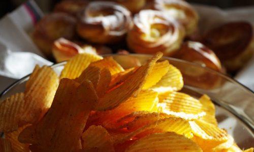 potato-chips-1081467_640